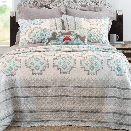 Western Quilts Comforters Bedding Sets And Bedroom Accessories