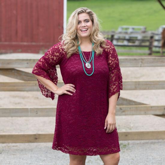 Cowgirl Social Plus Dress In Wine